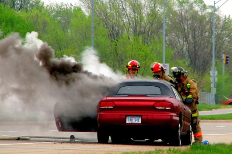 Những nguyên nhân cháy ô tô phổ biến nhất